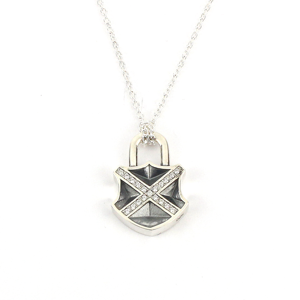 X BREAK  PADLOCK NECKLESS
